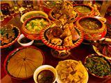 美味彝家餐