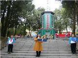 烈士陵园祭扫活动 (5)
