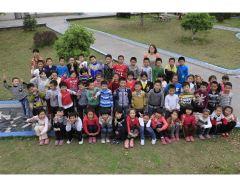 浙江省衢州市衢江区第一小学三年级三(5)班   孝娃娃中队