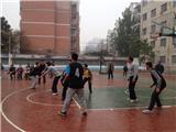 我校教师与新疆学习教师进行友谊篮球赛 (2)
