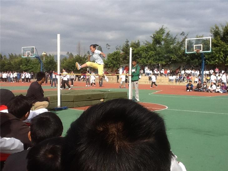 照片 042西昌市西宁中学教育社区图片