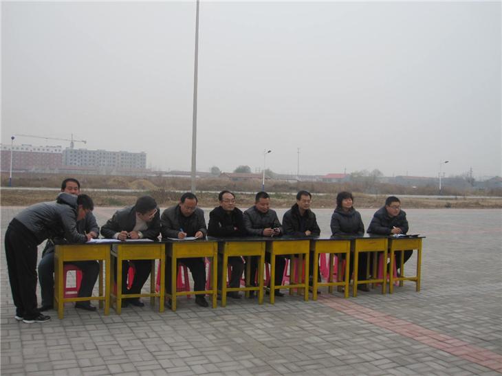 学校队列会操 (1)