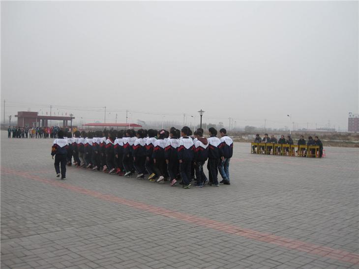 学校队列会操 (28)