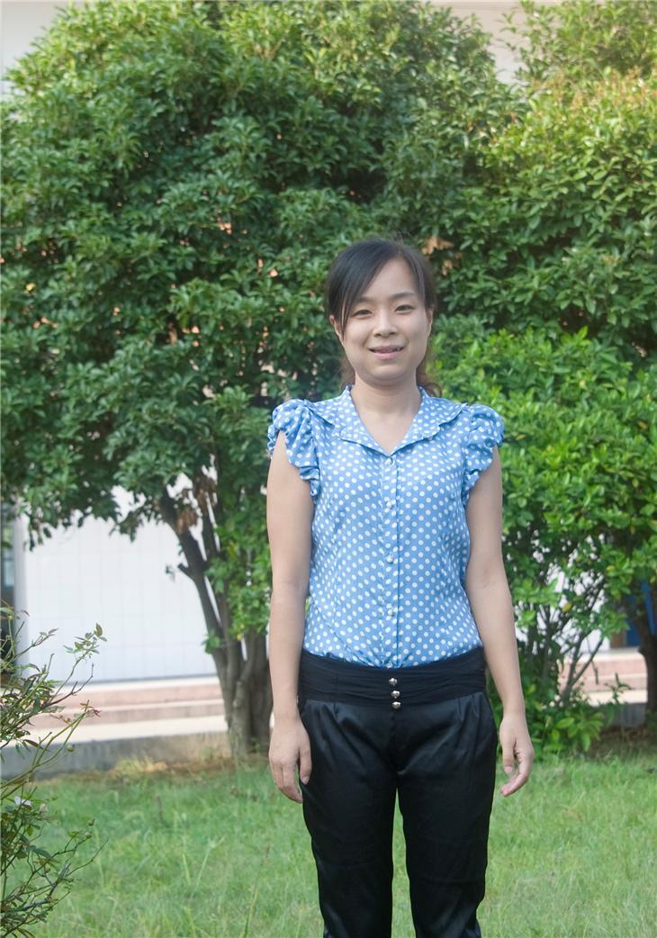 五年级组组长-潘玉芳